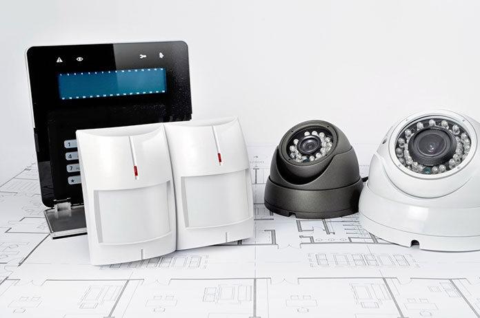 Jak wybrać i zamontować systemy alarmowe